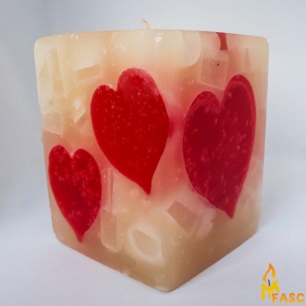 lumanari-cub-mediu-din-dragoste-pura-1
